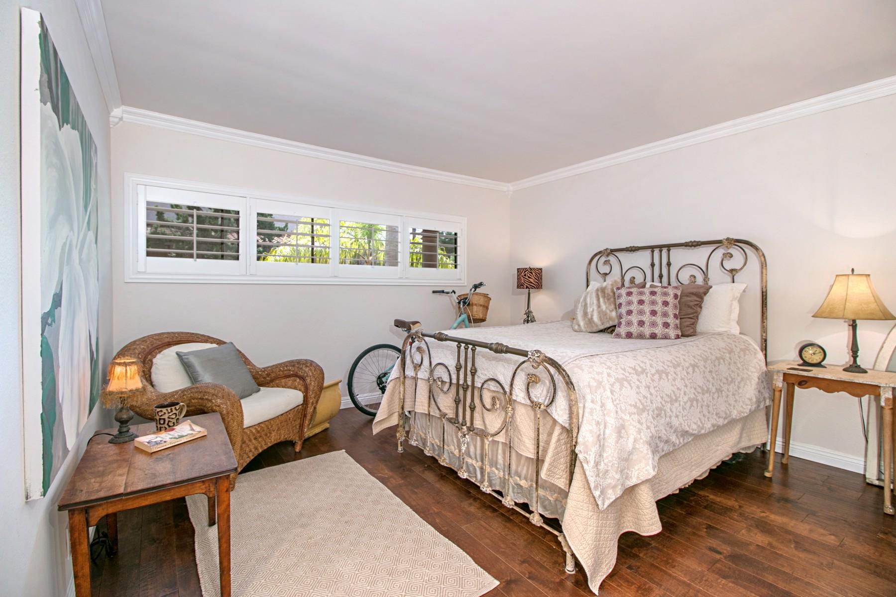 Additional photo for property listing at 2564 Navarra Drive 2564 Navarra Drive 108 Carlsbad, Californie 92009 États-Unis