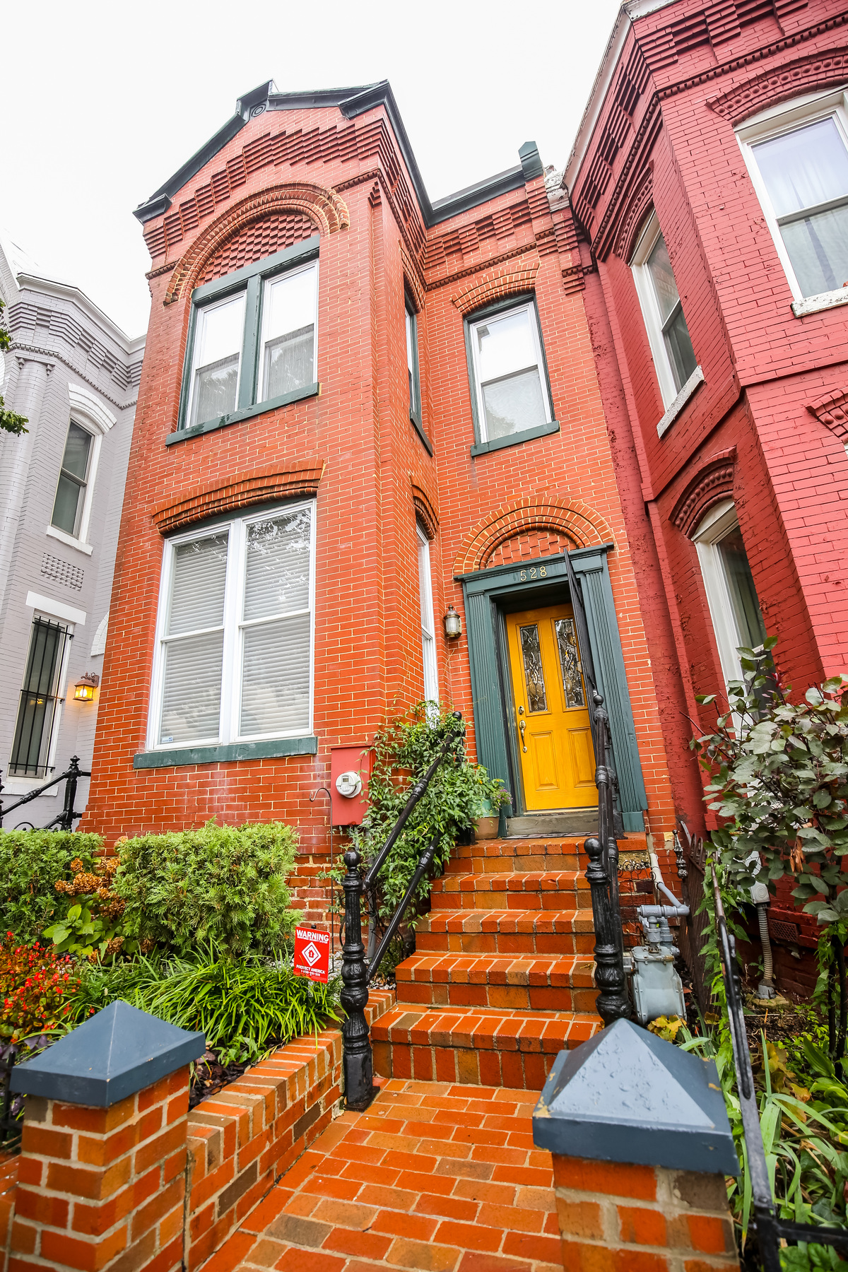 Townhouse for Sale at 528 4th Street Ne, Washington Capitol Hill, Washington, District Of Columbia 20002 United States