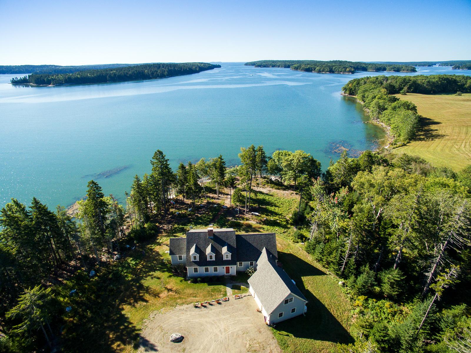 Single Family Home for Sale at 650 Deaver Road, Waldoboro Waldoboro, Maine, 04572 United States