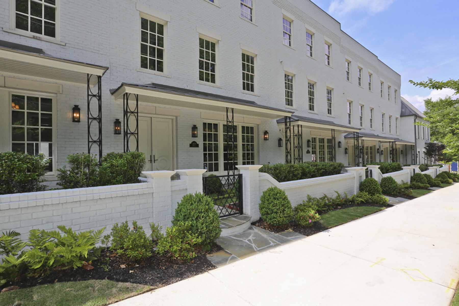 Таунхаус для того Продажа на BRAND NEW TOWNHOME BY MONTE HEWETT HOMES. 1400 Piedmont Avenue NE No. 6 Atlanta, Джорджия, 30309 Соединенные Штаты