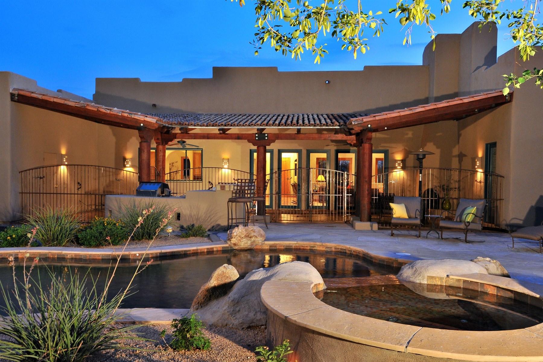 단독 가정 주택 용 매매 에 Incredible Furnished Custom Home With Pinnacle Peak Views & Quality Construction 8778 E Whispering Wind Drive Scottsdale, 아리조나 85255 미국