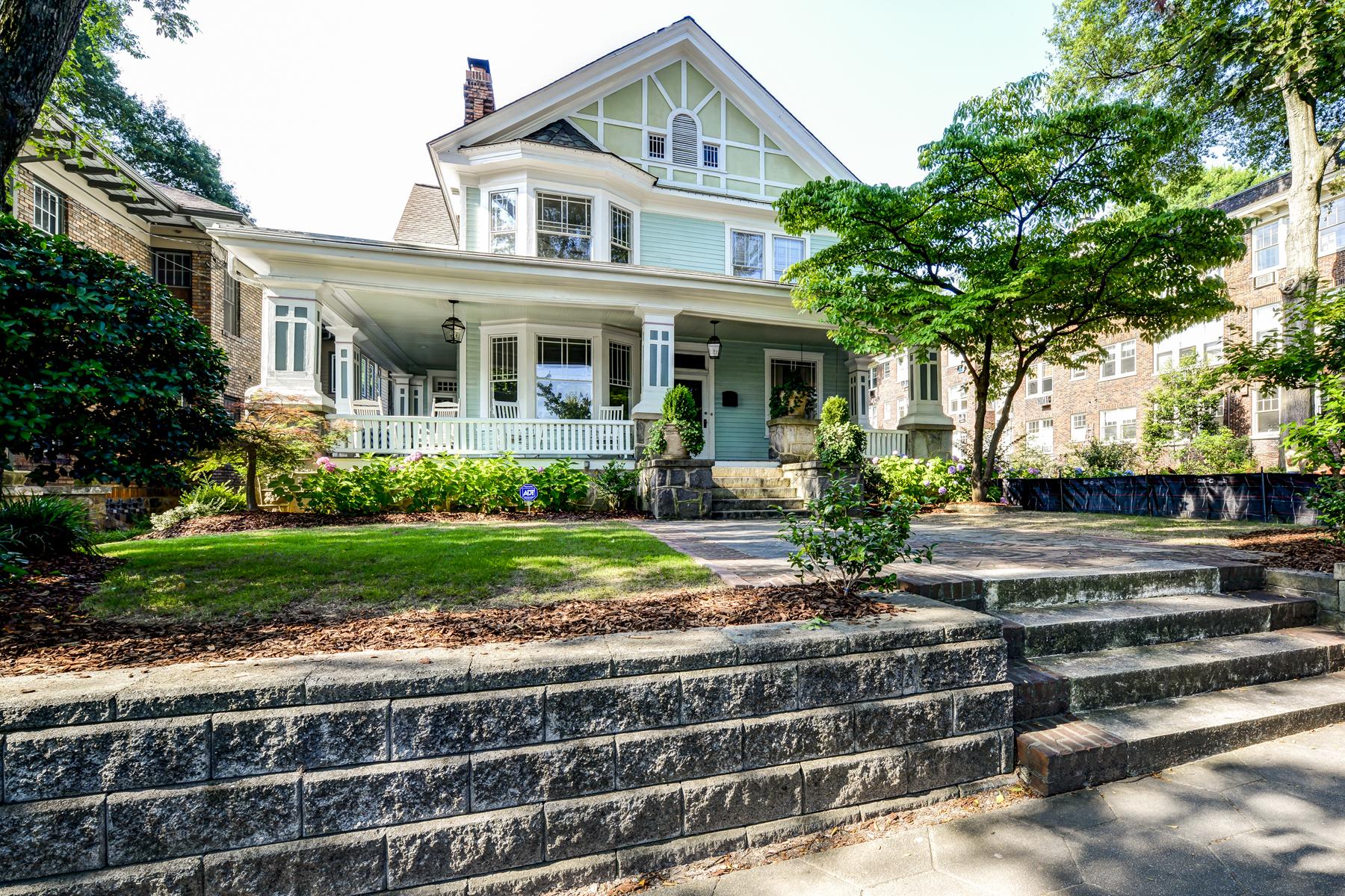 Nhà ở một gia đình vì Bán tại Renovated Midtown Victorian Charmer 309 10th Street NE Midtown, Atlanta, Georgia 30309 Hoa Kỳ