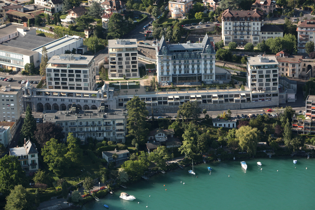 独户住宅 为 销售 在 Exceptional and unique penthouse Montreux, 沃州 1820 瑞士