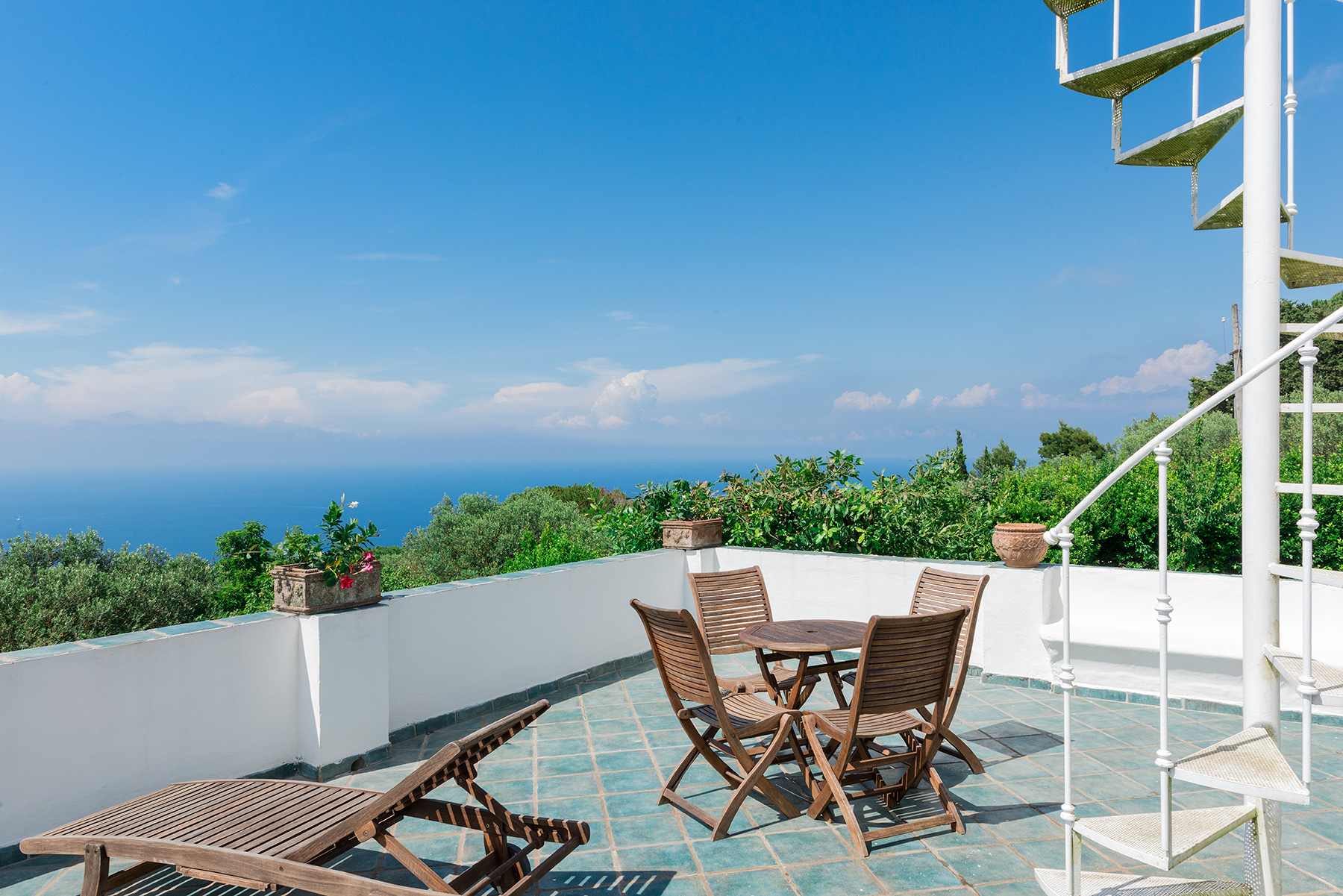 Additional photo for property listing at Amazing villa in the heart of Anacapri Capri, Naples Italie