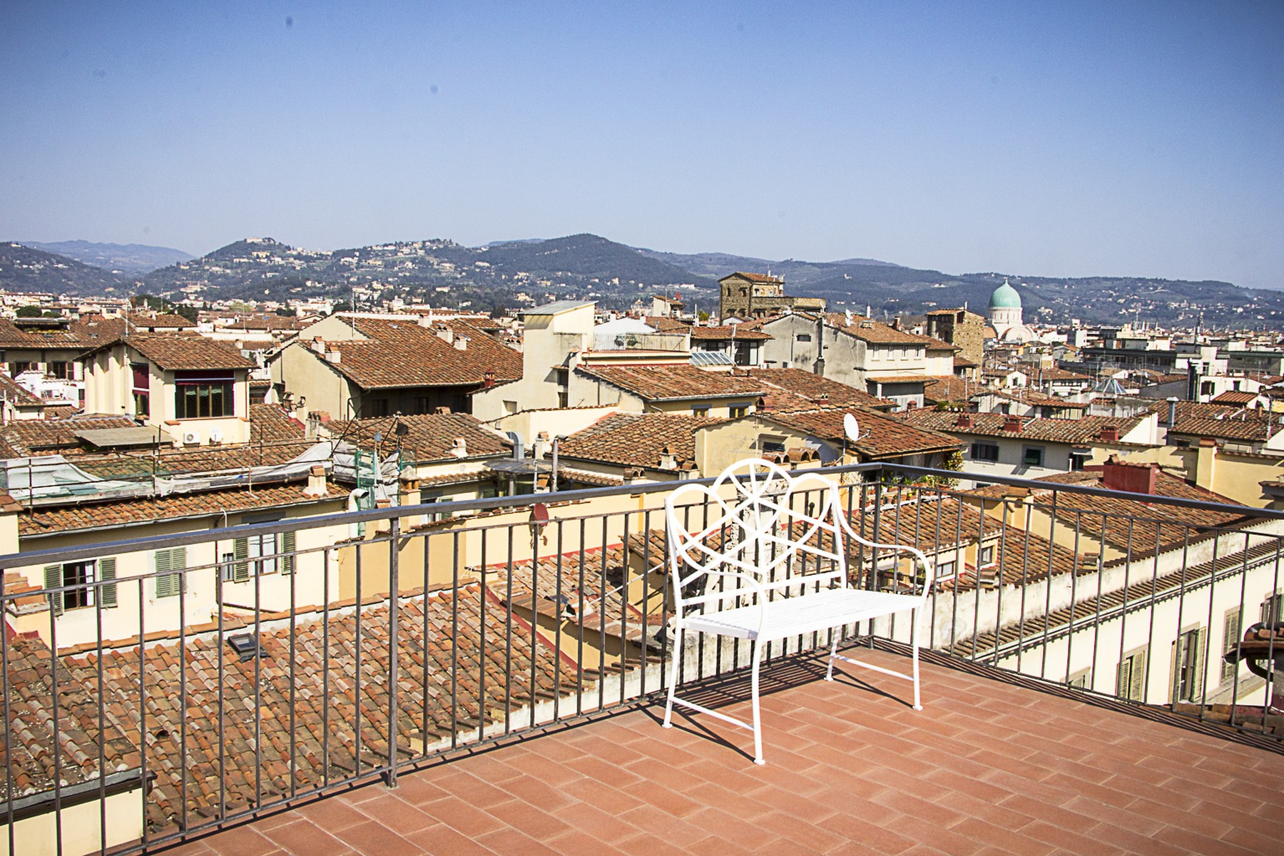 Additional photo for property listing at Historic palace close to the Bargello museum Via Ghibellina Firenze, Florence 50100 Italie