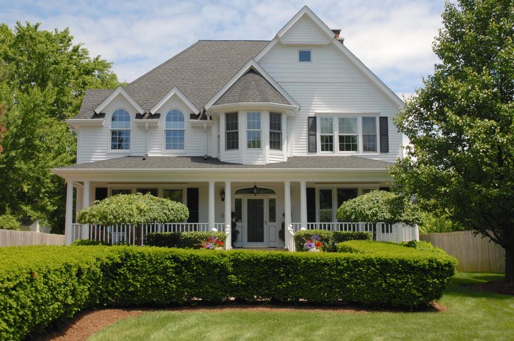 Maison unifamiliale pour l Vente à 5507 S Oak St Hinsdale, Illinois 60521 États-Unis