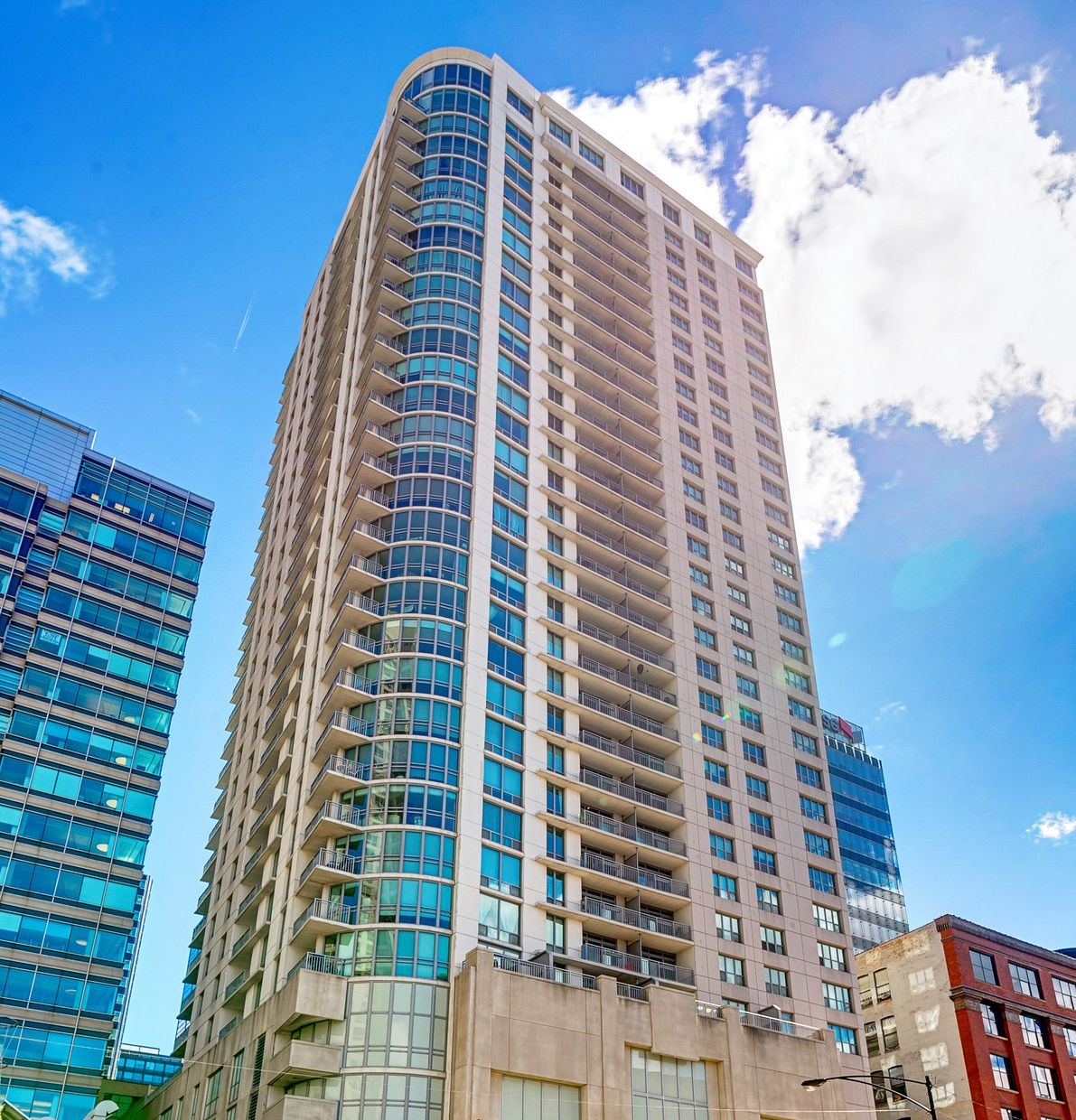 Single Family Home for Sale at West Loop Condo 125 S Jefferson Street #2504 Near West Side, Chicago, Illinois 60661 United States