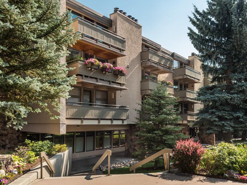 Eigentumswohnung für Verkauf beim Concept 600 600 East Main Street #202 Aspen, Colorado 81611 Vereinigte Staaten
