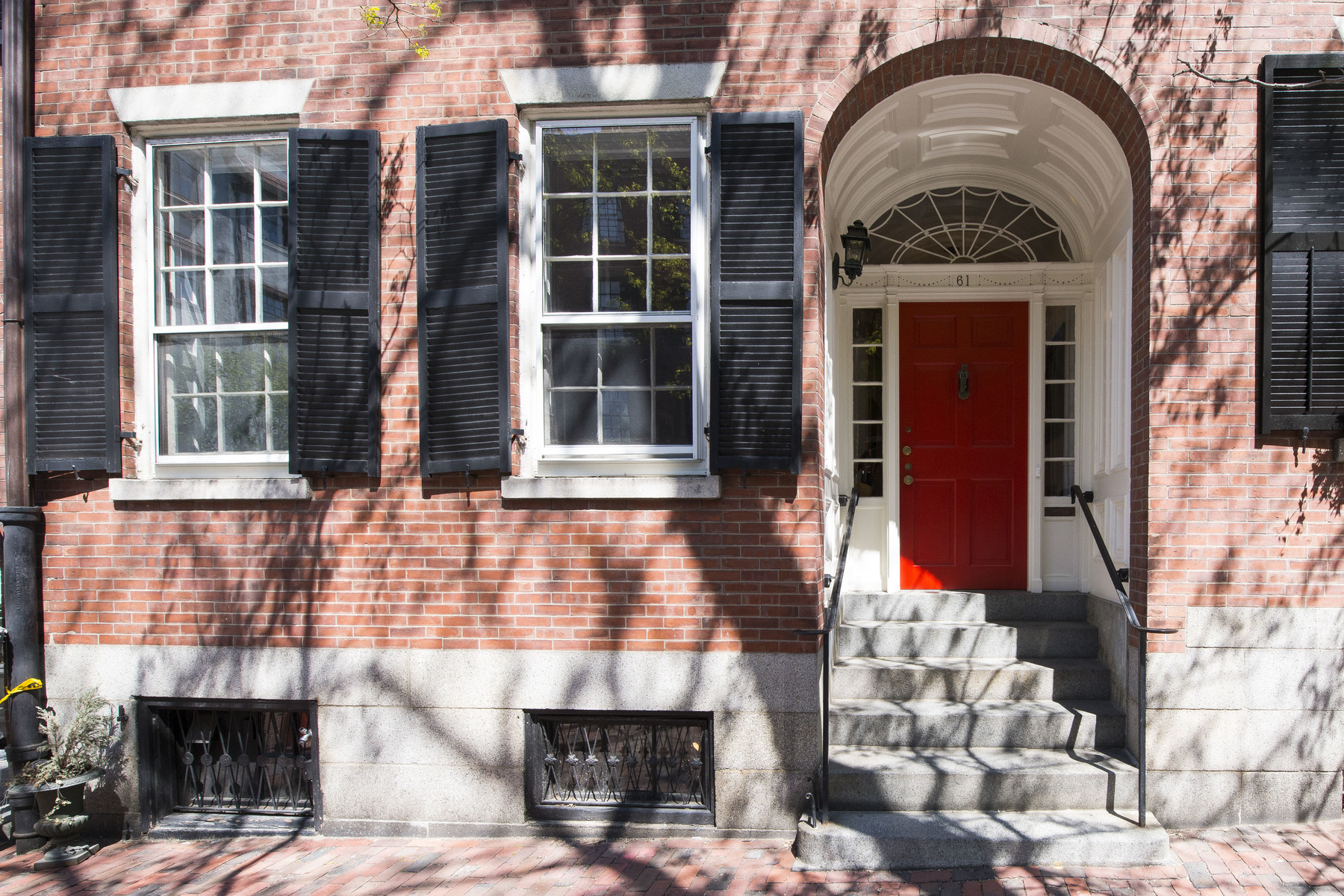 Vivienda unifamiliar por un Venta en Classic Greek Revival 61 Chestnut Street Beacon Hill, Boston, Massachusetts, 02108 Estados Unidos