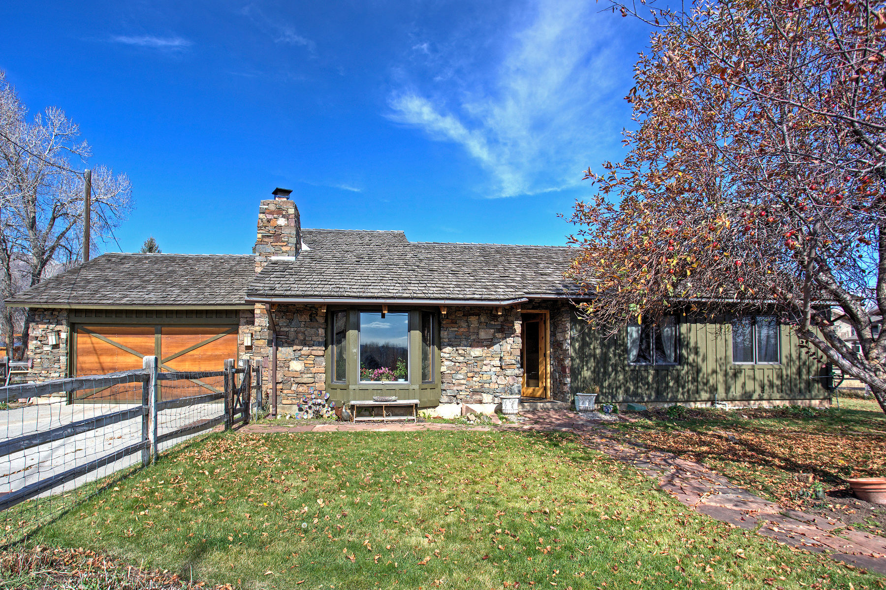 Single Family Home for Sale at Charming Midway Home 540 W Cari Ln Midway, Utah, 84049 United States