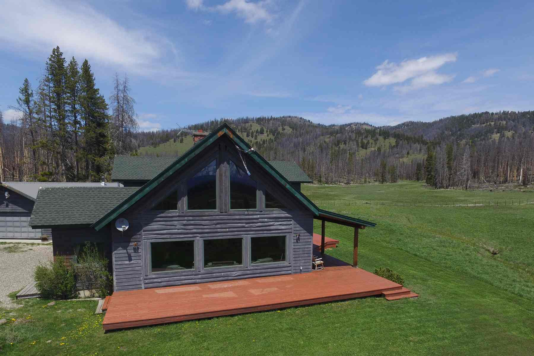 Земля для того Продажа на Sawtooth Mountain Retreat 2435 Cow Camp Road Stanley, Айдахо, 83278 Соединенные Штаты