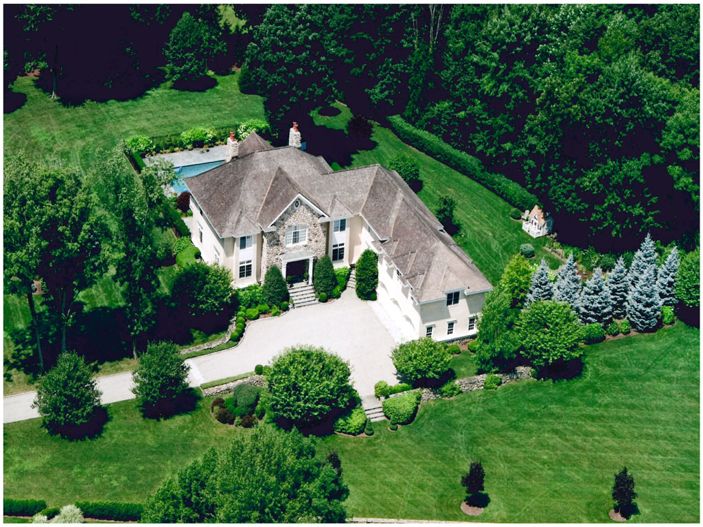 Single Family Home for Sale at Waring Road 8 Waring Road Pound Ridge, New York 10576 United States