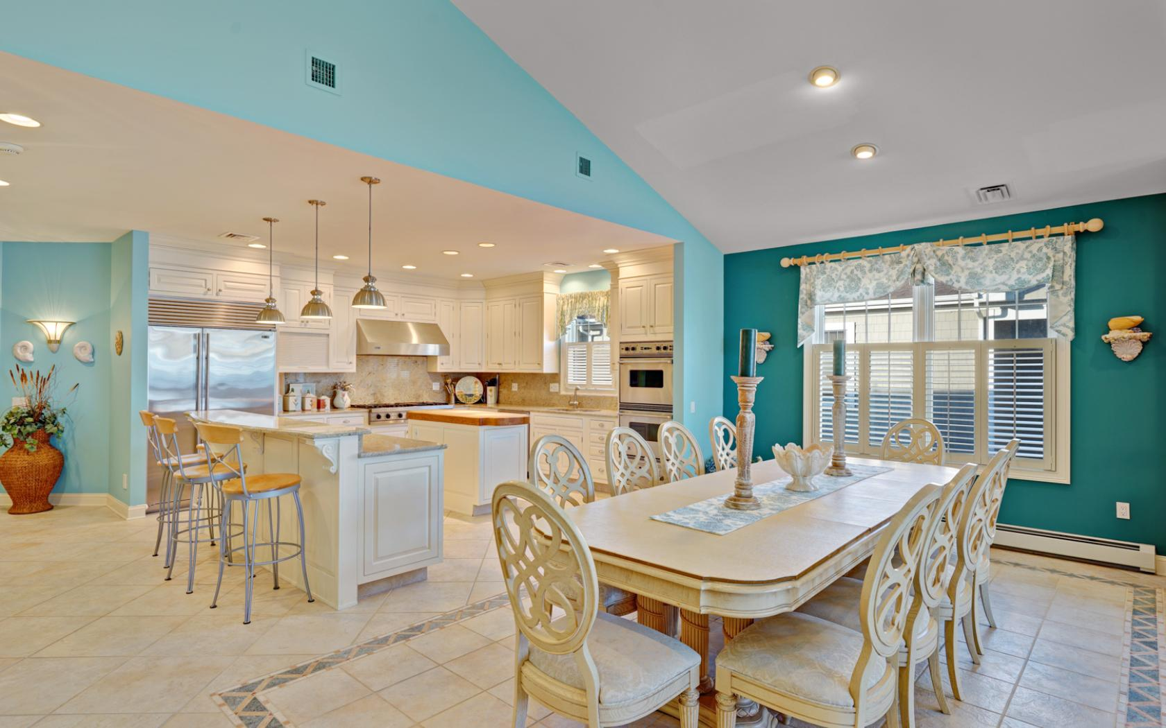 Additional photo for property listing at Breathtaking Ocean Views 233 Beachfront Manasquan, New Jersey 08730 États-Unis