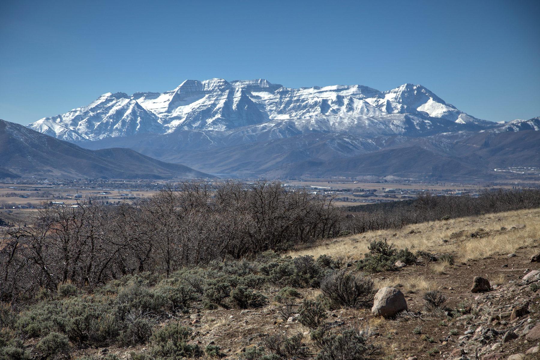 Terreno per Vendita alle ore Mountain and Reservoir Views all on 18 Acres 353 Greener Hills Ln Lot#37 Heber City, Utah 84032 Stati Uniti