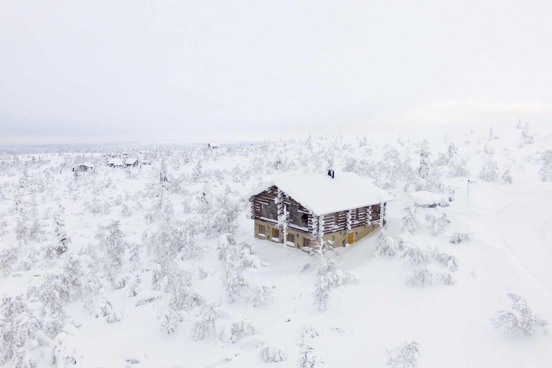 Частный односемейный дом для того Продажа на Extraordinary Ski Chalet in Lapland Uuvana 1 Other Cities In Finland, Cities In Finland, 99830 Finland