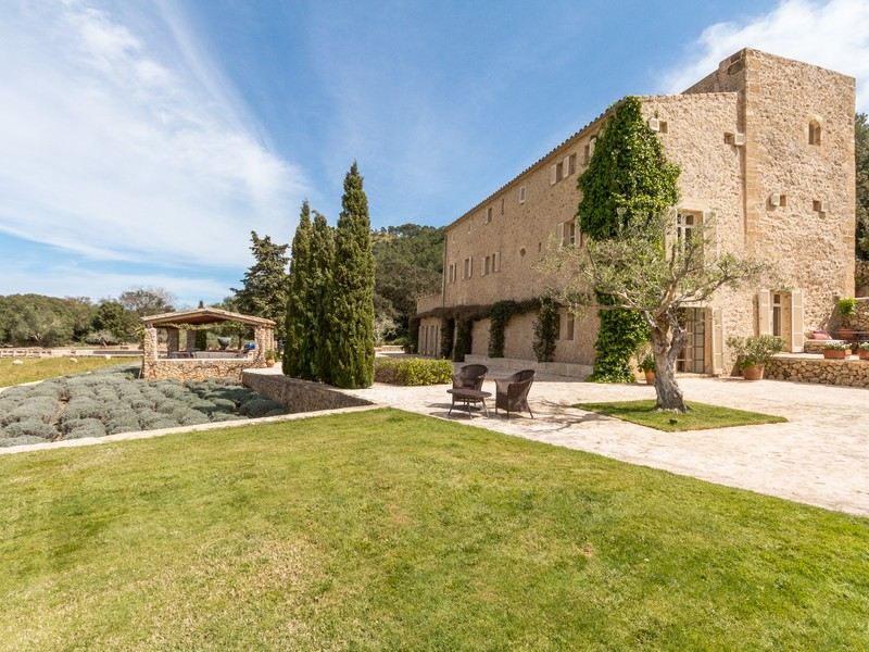 Property For Sale at Elegant historical estate in Pollença