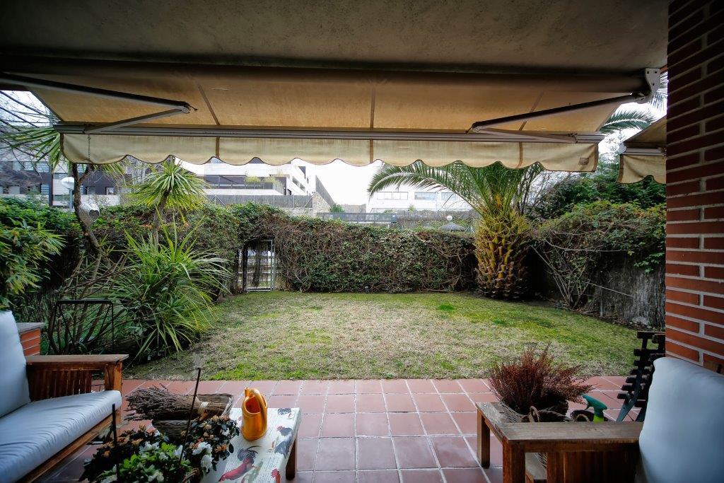 獨棟家庭住宅 為 出售 在 Bajo con jardín Madrid, 馬德里 西班牙