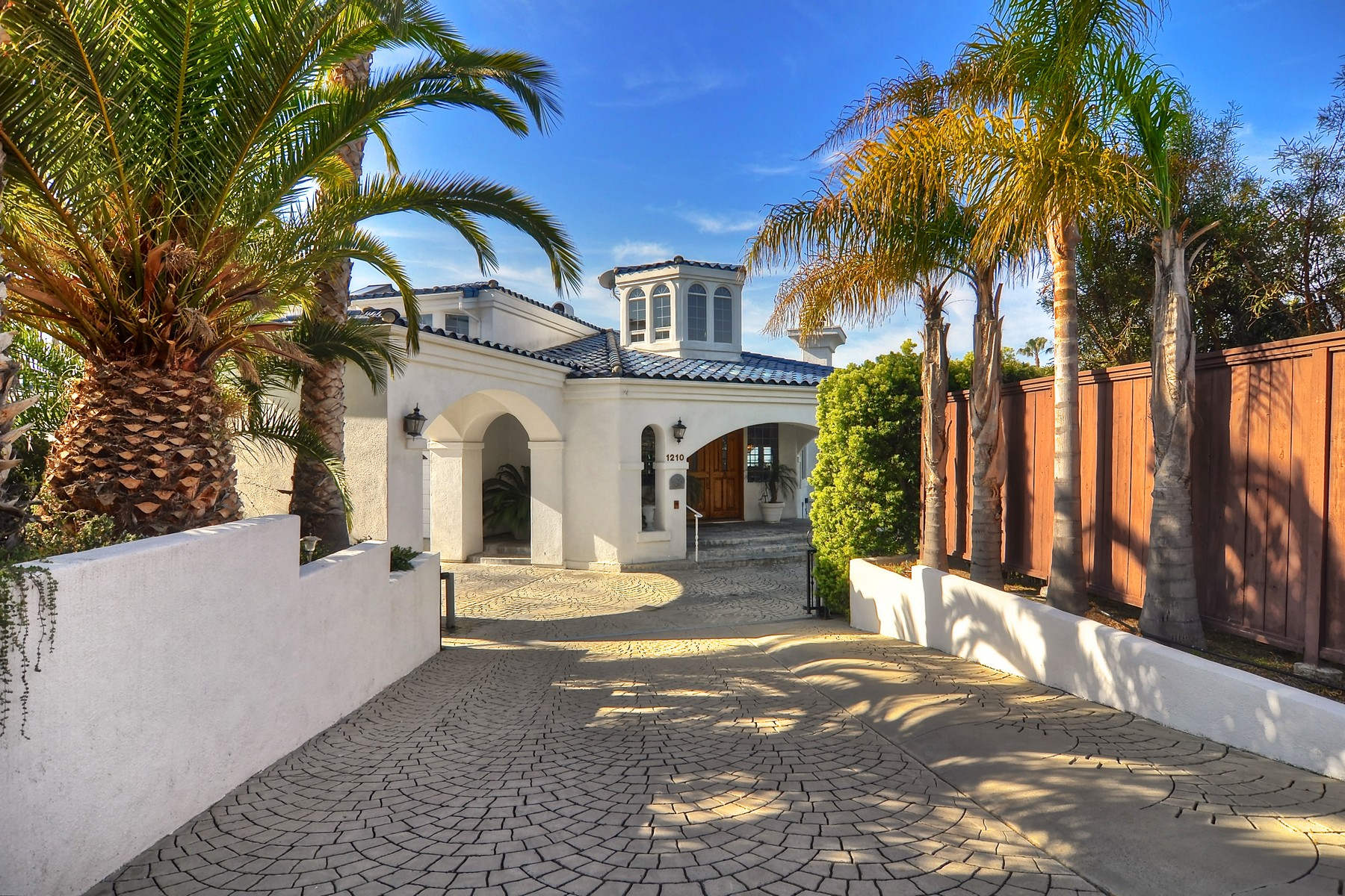 sales property at 5 Seabreeze
