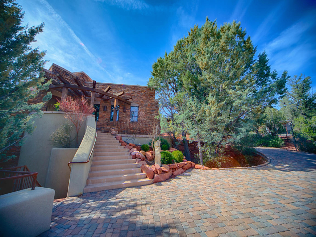 Maison unifamiliale pour l Vente à Custom Southwest Masterpiece 400 Little Scout Rd Sedona, Arizona 86336 États-Unis
