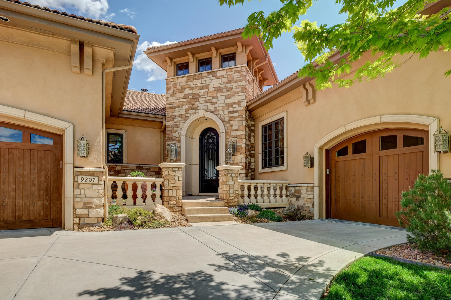 Single Family Home for Sale at 9207 E Wesley Ave Denver, Colorado, 80231 United States