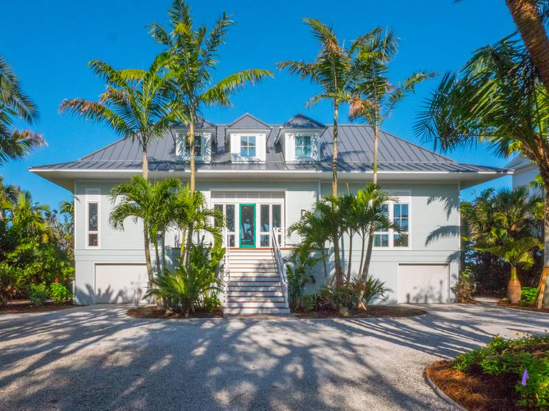 rentals property at 350 Gulf Boulevard