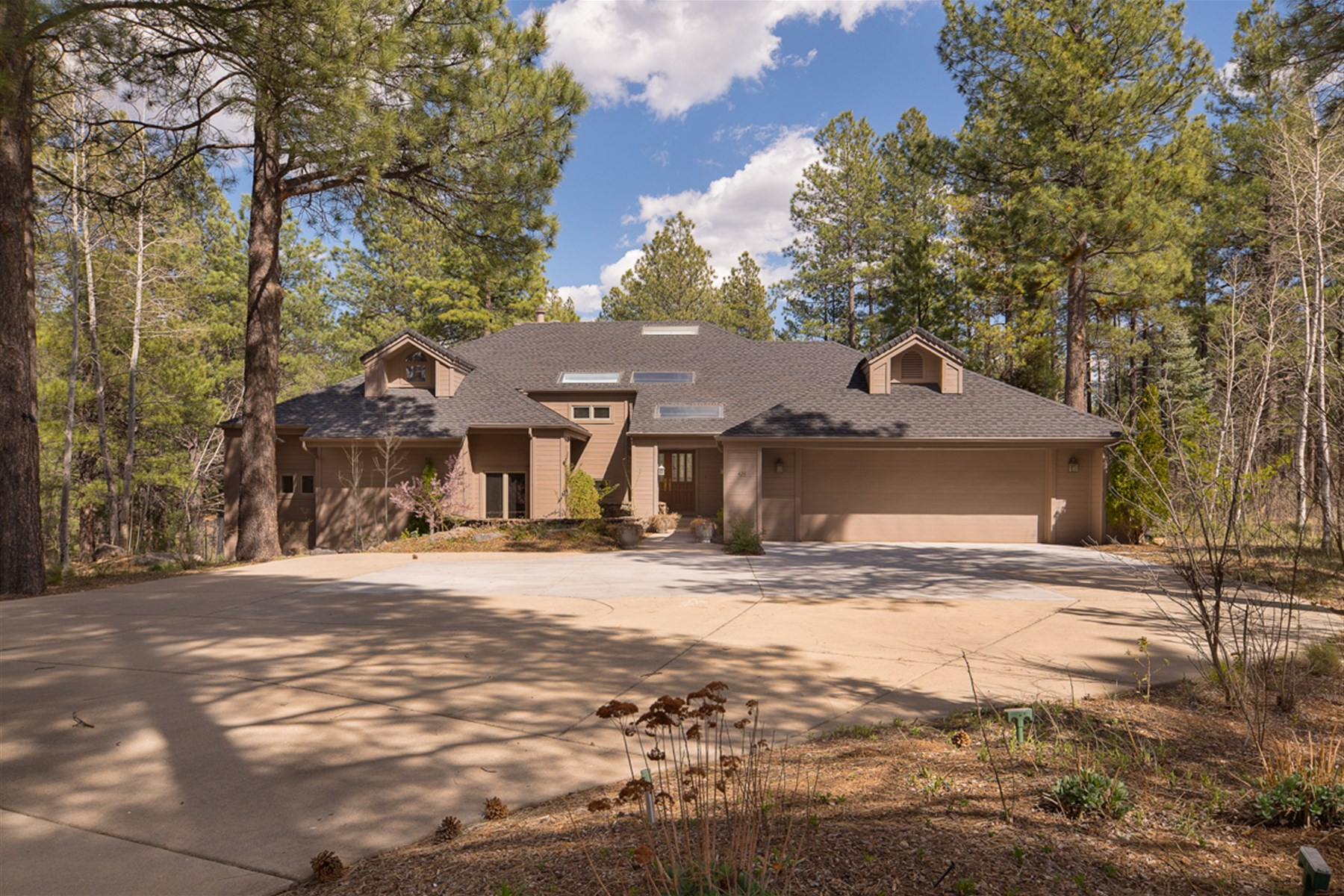 sales property at Lovely Flagstaff home