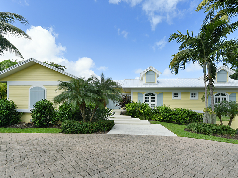 Single Family Home for Sale at Captivating Waterfront Views at Ocean Reef 10 Harbor Island Drive Key Largo, Florida 33037 United States