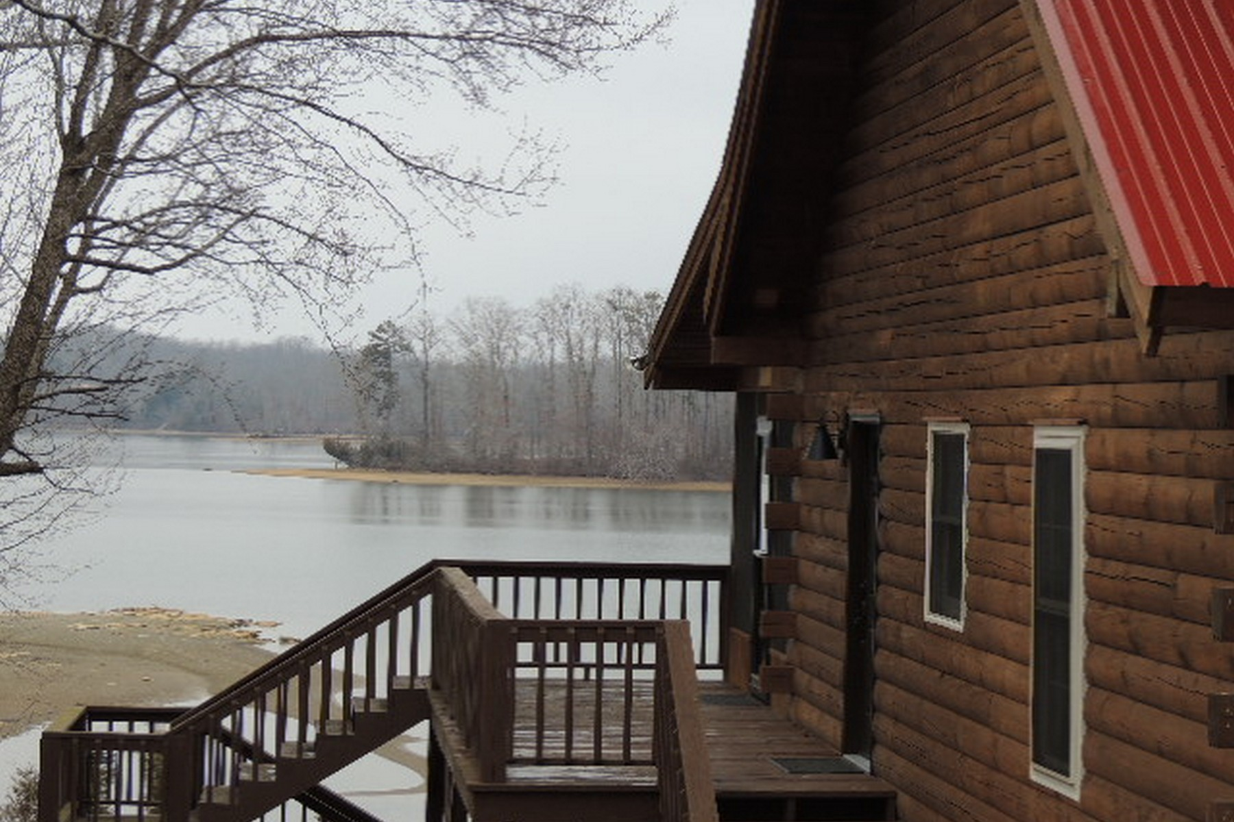 Property For Sale at Lakefront Home in East Tennessee