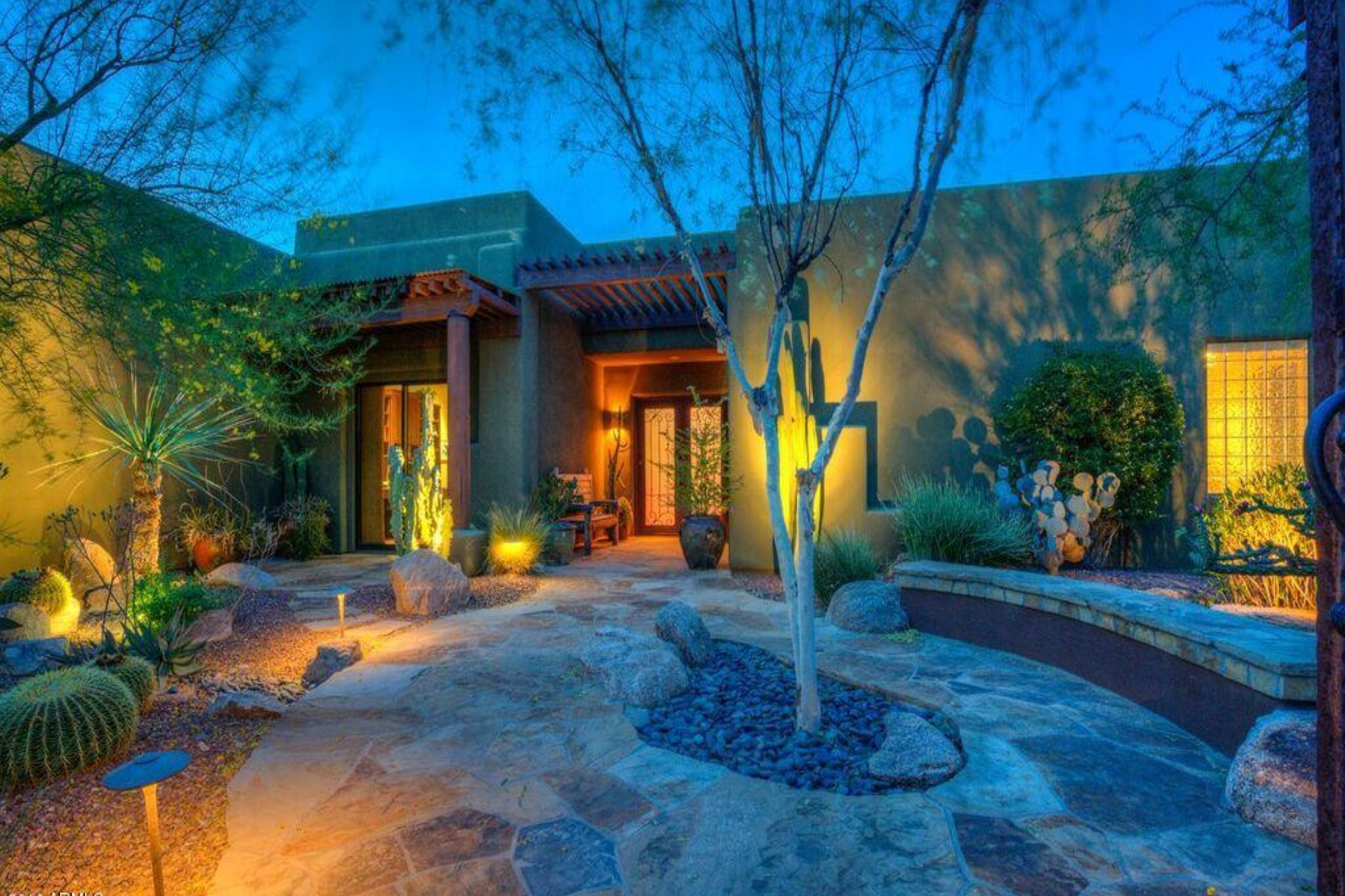 sales property at Gorgeous territorial in Cave Creek