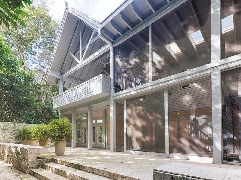 단독 가정 주택 용 매매 에 9420 Old Cutler Road Coral Gables, 플로리다 33156 미국