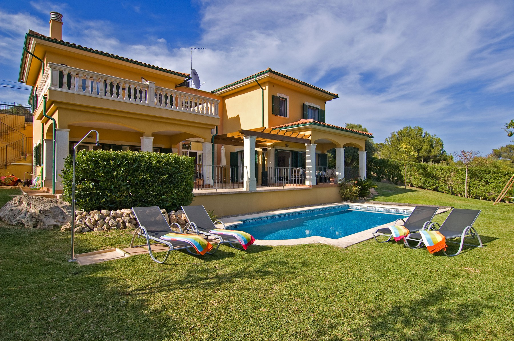 Single Family Home for Sale at Beautiful villa with swimming pool in Cala Vinyas Calvia, Mallorca 07181 Spain