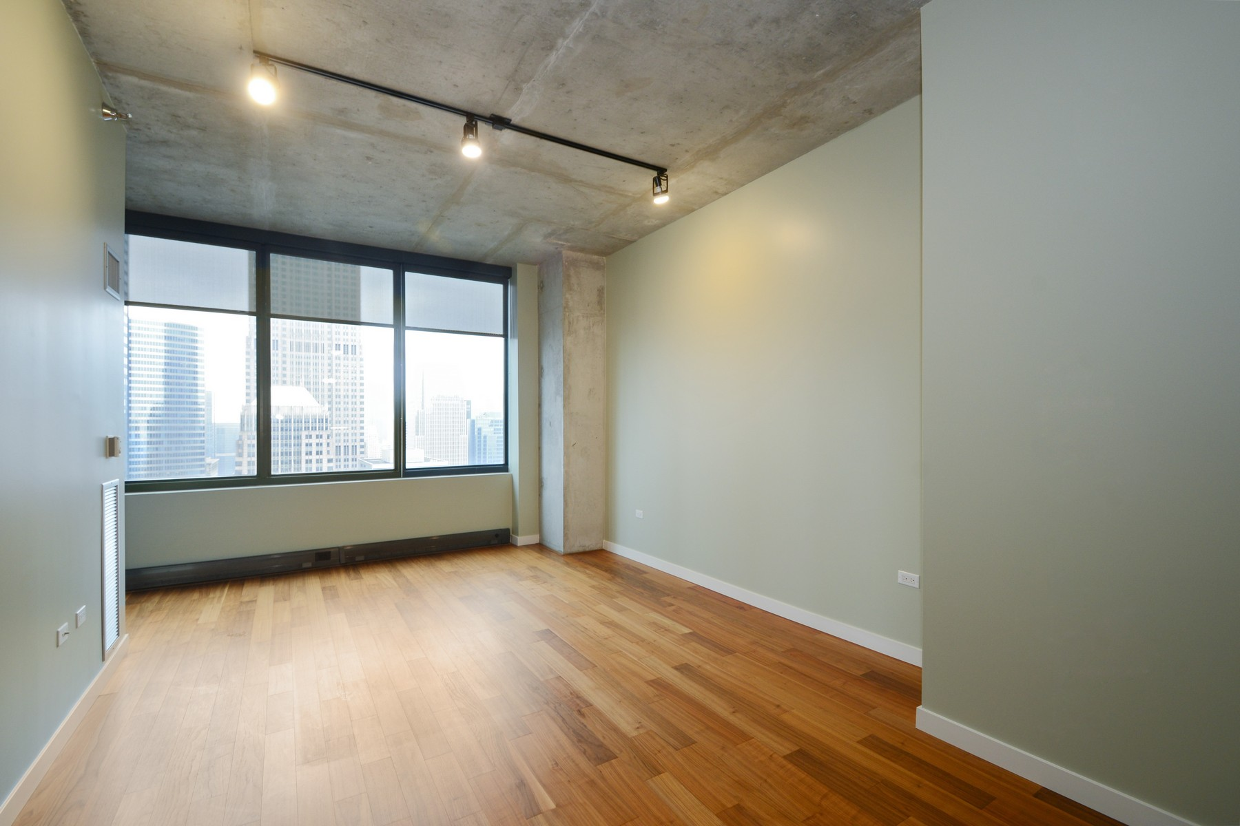 共管式独立产权公寓 为 销售 在 Beautiful Unit with City Views 235 W Van Buren Street Unit 4512 Loop, 芝加哥, 伊利诺斯州 60607 美国