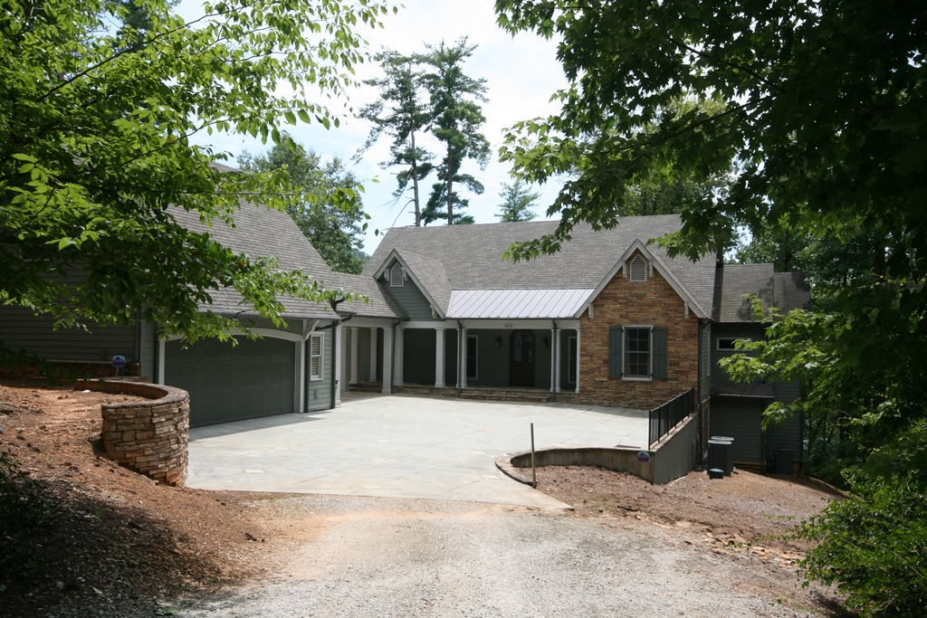 Single Family Home for Sale at Exceptional Waterfront Home with Spacious Home Enjoying Lake & State Park Views 212 Waterlake Drive The Cliffs At Keowee Vineyards, Sunset, South Carolina 29685 United States