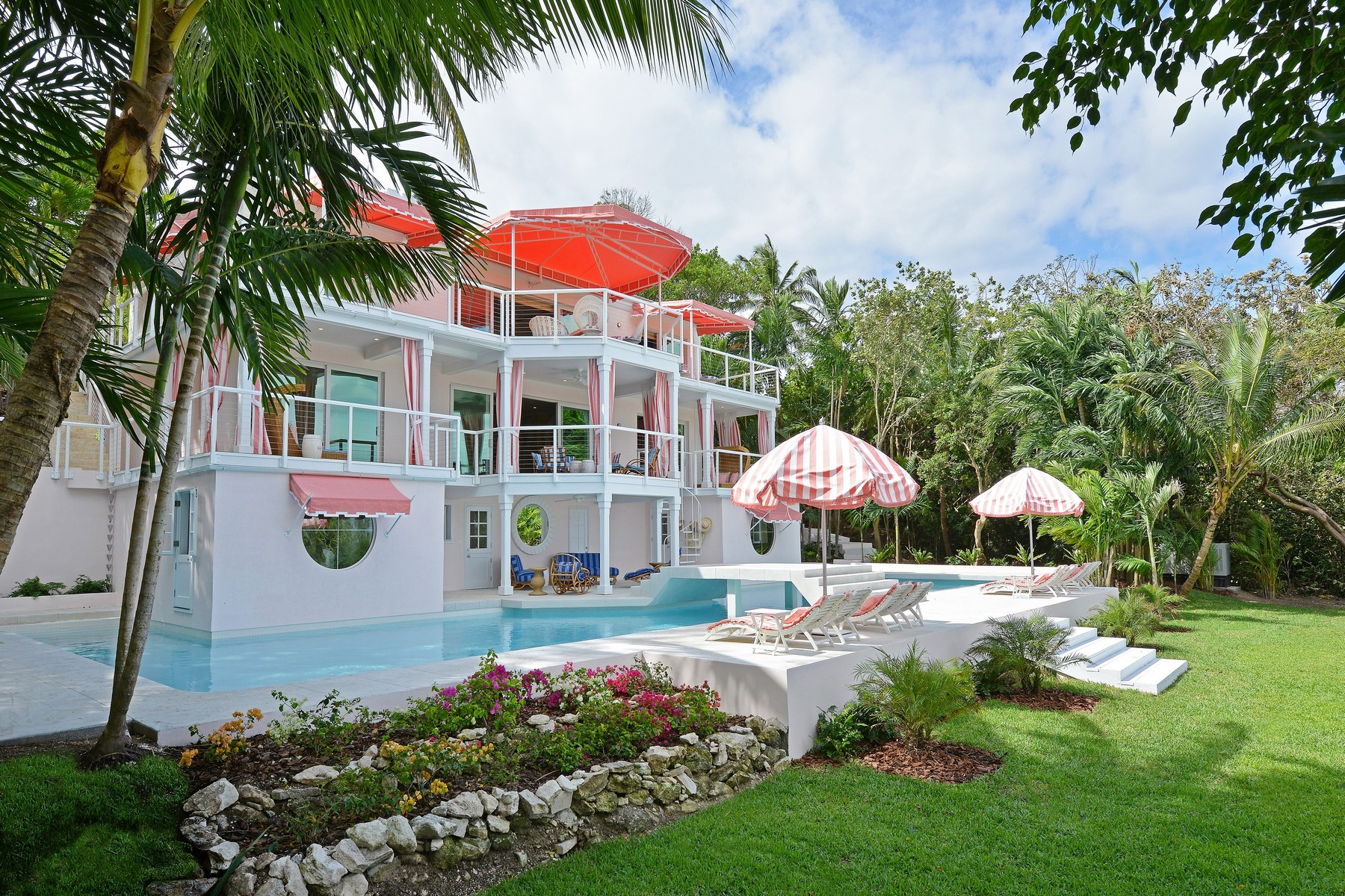 Single Family Home for Sale at Minor Cay Lyford Cay, Nassau And Paradise Island Bahamas