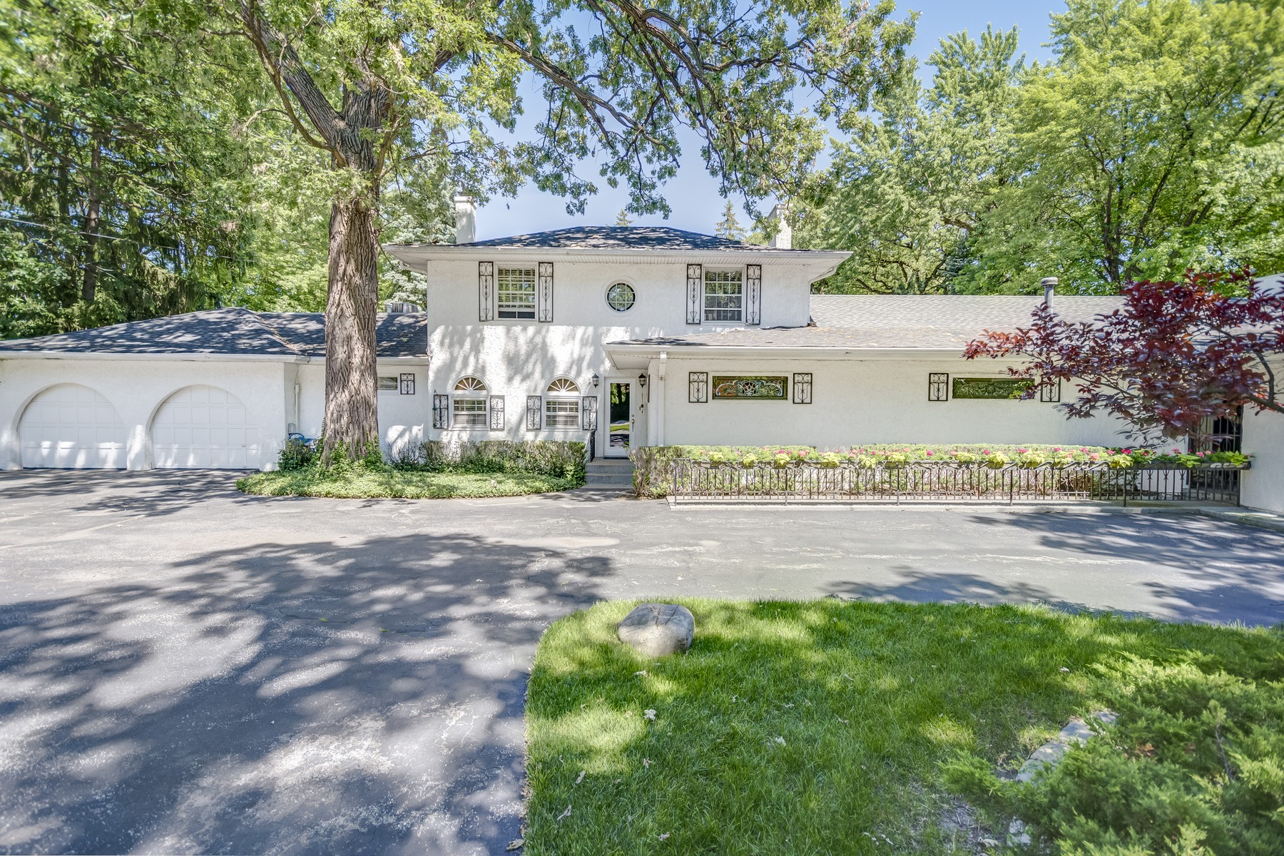Single Family Home for Sale at Country Club Living on Sprawling Private Estate 301 N East River Road Des Plaines, 60616 United States