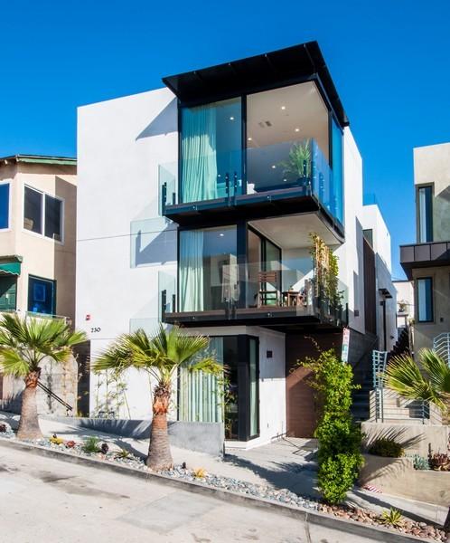 独户住宅 为 销售 在 230 34th Street Hermosa Beach, 加利福尼亚州 90254 美国