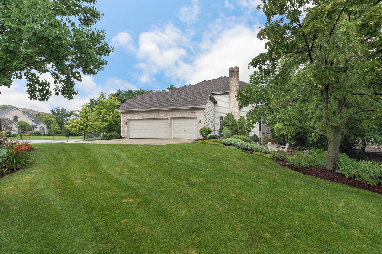 Additional photo for property listing at 2163 Canterbury 2163 Canterbury Lane Lisle, Illinois 60532 United States