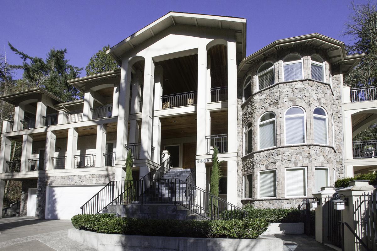 Single Family Home for Sale at Gated Mercer Island Estate 4495 E Mercer Way Mercer Island, Washington 98040 United States