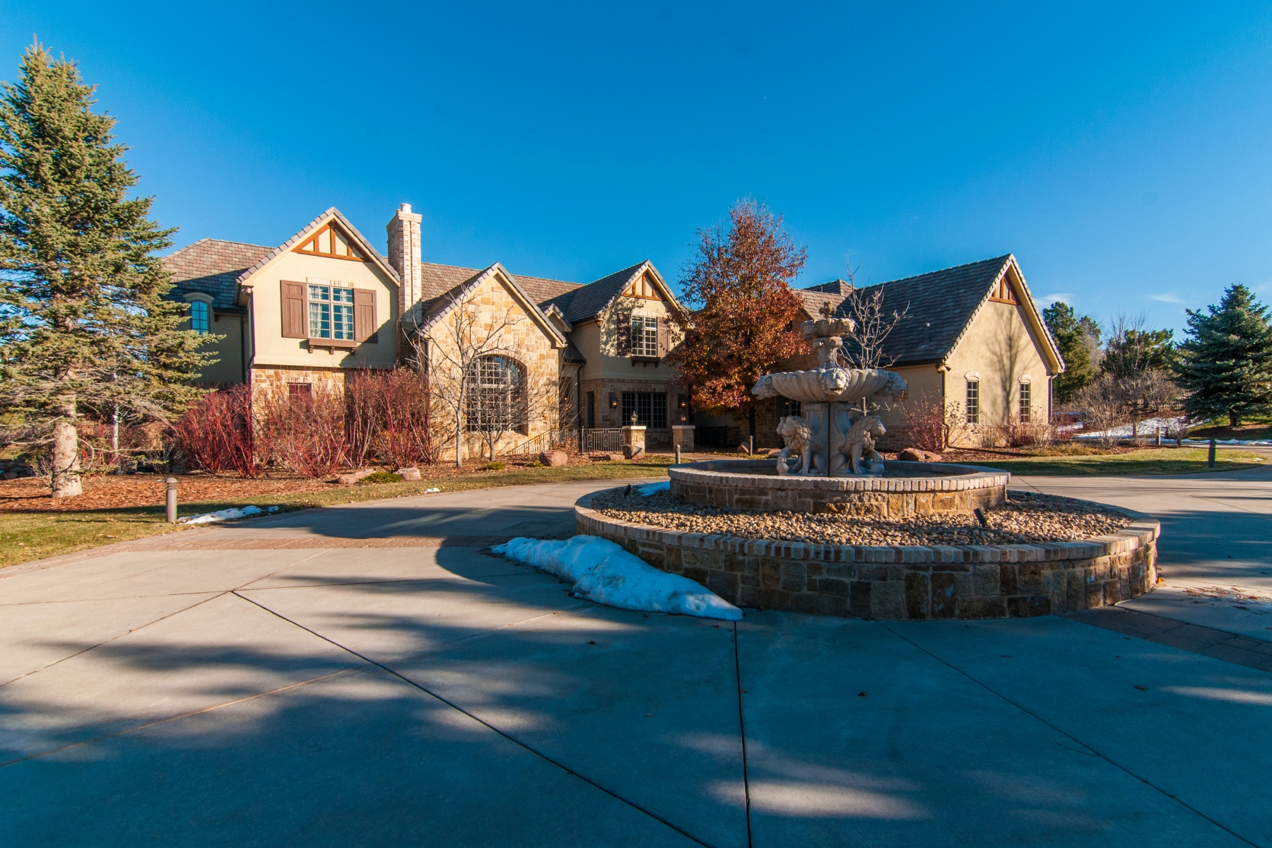 Single Family Home for Sale at Resort Living in Cherry Hills on 2.5 Acres 23 Carriage Lane Cherry Hills Village, Colorado, 80121 United States