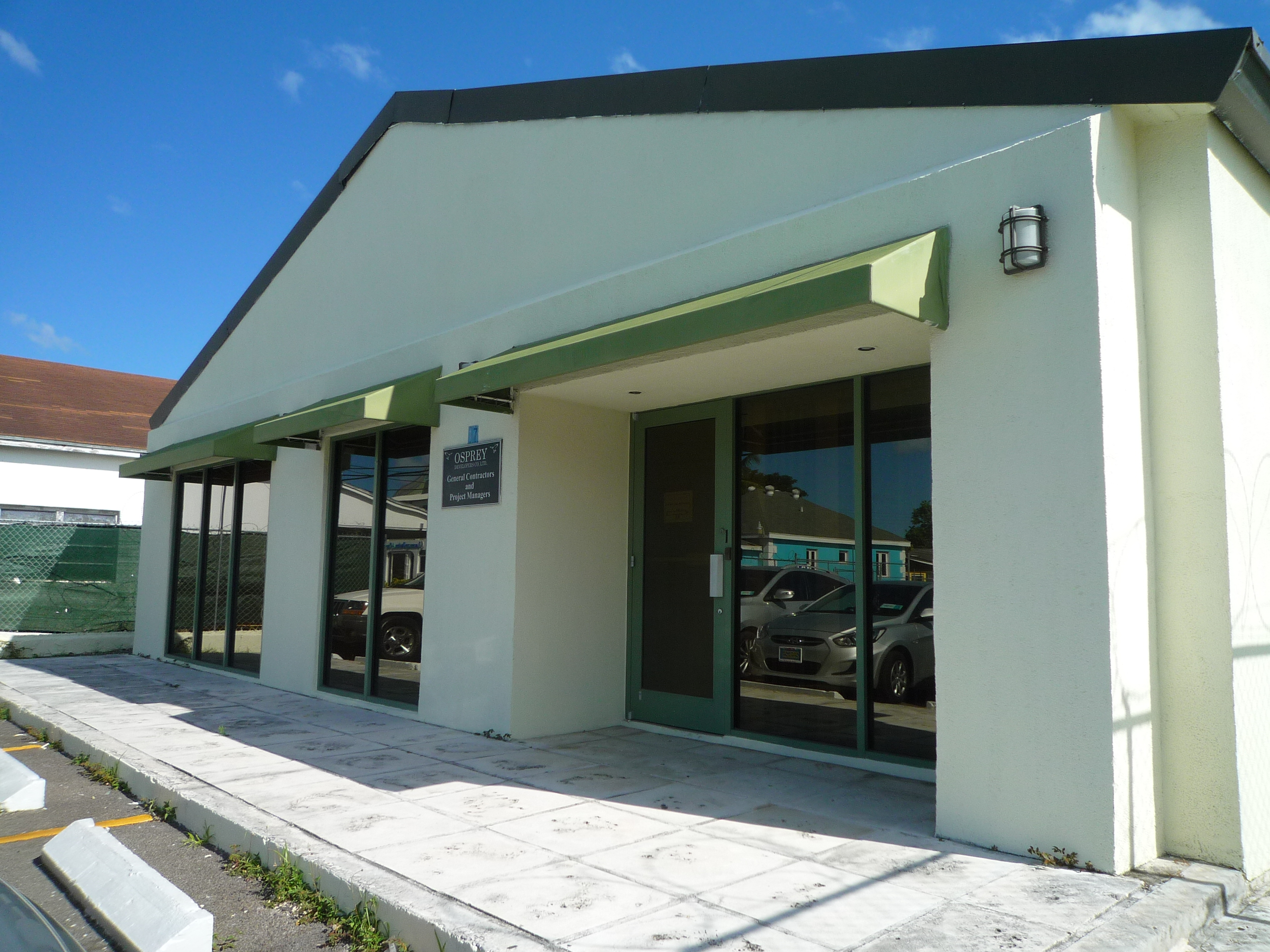 Commercial for Sale at Commercial Office/Warehouse Palmdale, Nassau And Paradise Island Bahamas