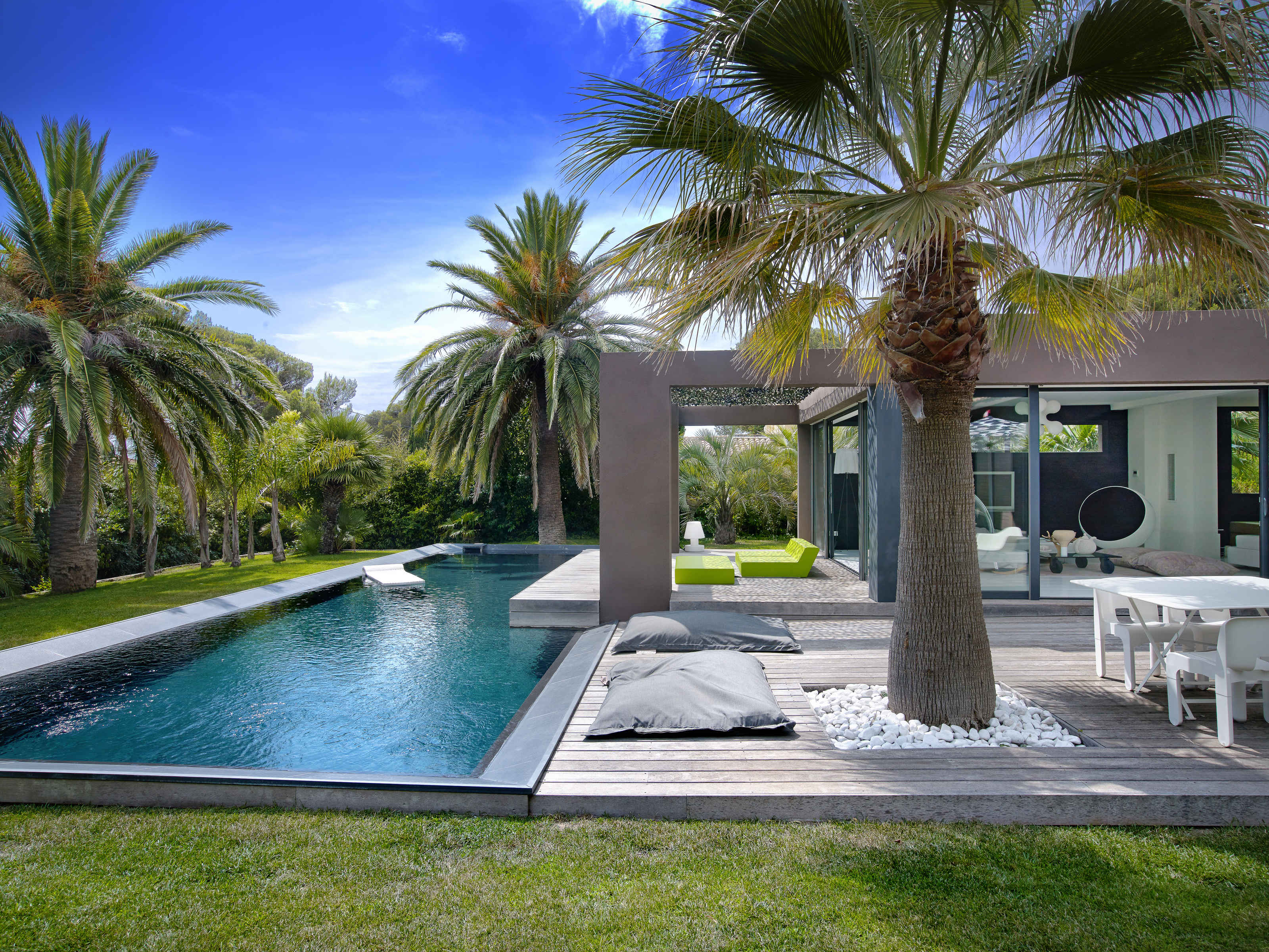 Single Family Home for Sale at Luxurious contemporary villa Other Provence-Alpes-Cote D'Azur, Provence-Alpes-Cote D'Azur 83700 France