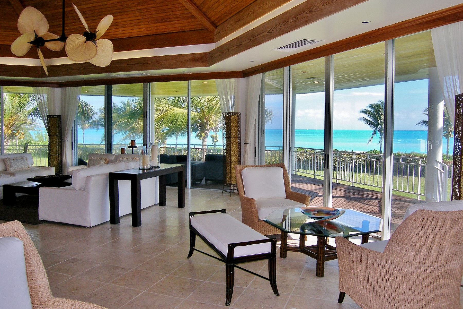 Additional photo for property listing at Serenity Treasure Cay, Abaco Bahamas