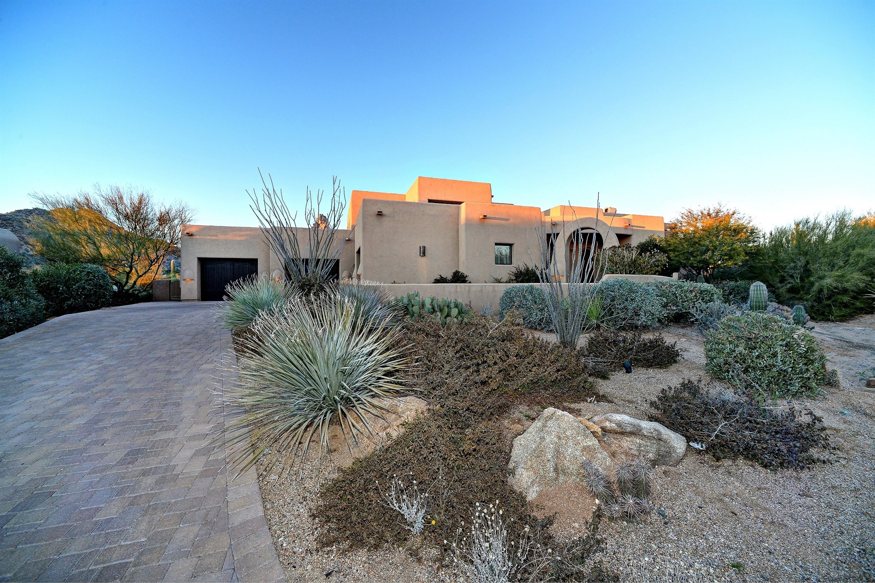 Property For Sale at Beautiful Casually Elegant Home On The Exclusive Desert Highlands Golf Course