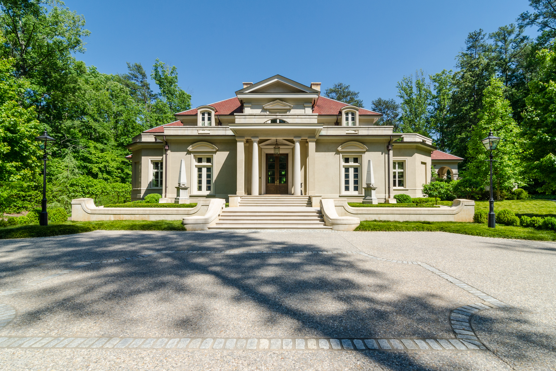 Additional photo for property listing at Gated Italianate Estate In Buckhead 4327 E Conway Drive NW Atlanta, Georgia 30327 Hoa Kỳ
