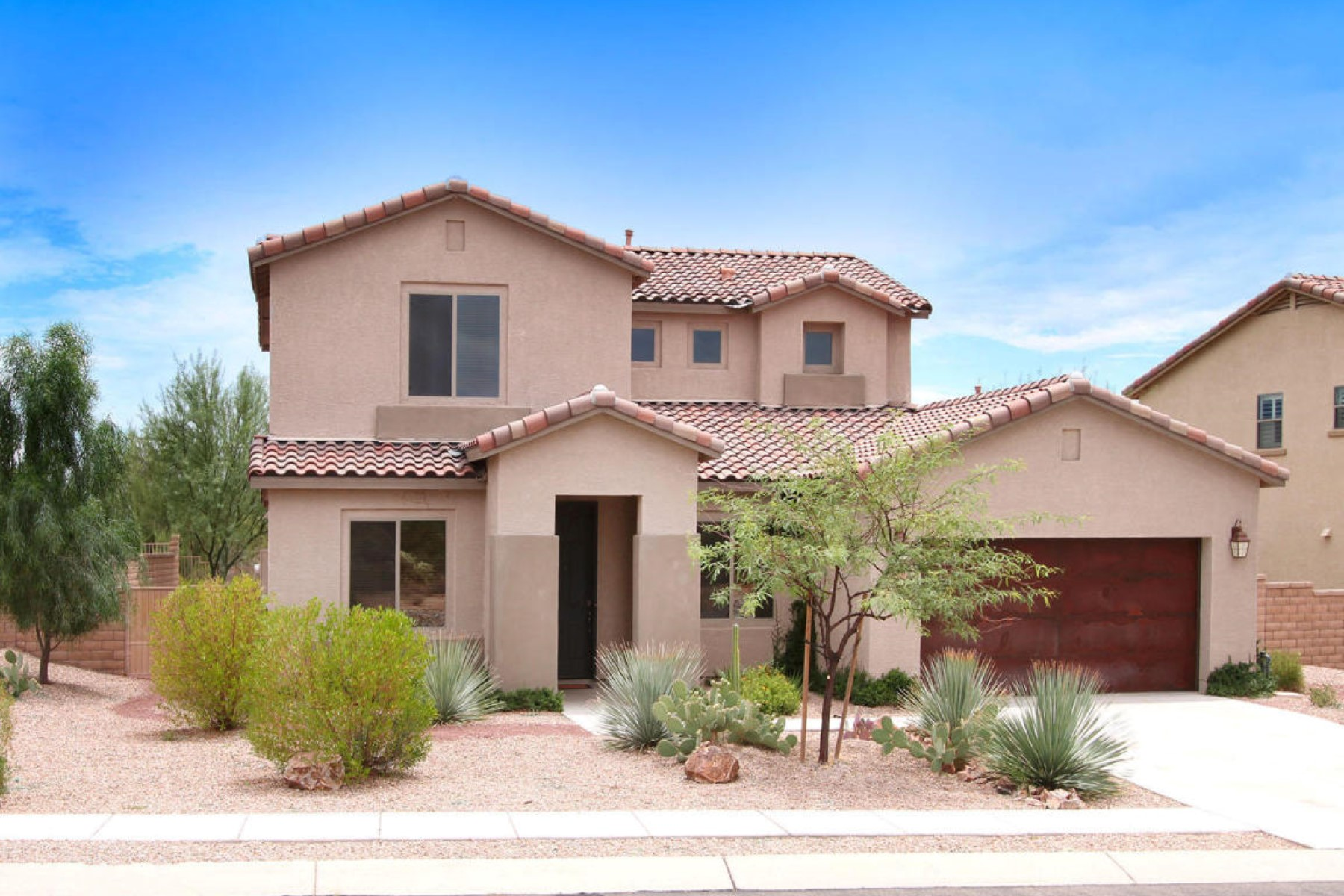 Single Family Home for Sale at Stunning Meritage home is located in the Desirable gated Sky Ranch. 11466 N Adobe Village Place Marana, Arizona 85658 United States