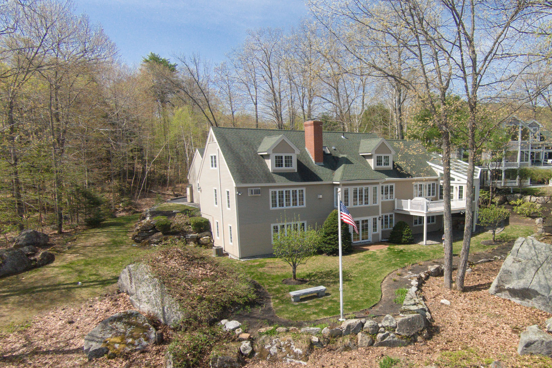 Single Family Home for Sale at Pristine Grouse Point Home 17 Grouse Hollow Road Meredith, New Hampshire 03253 United States