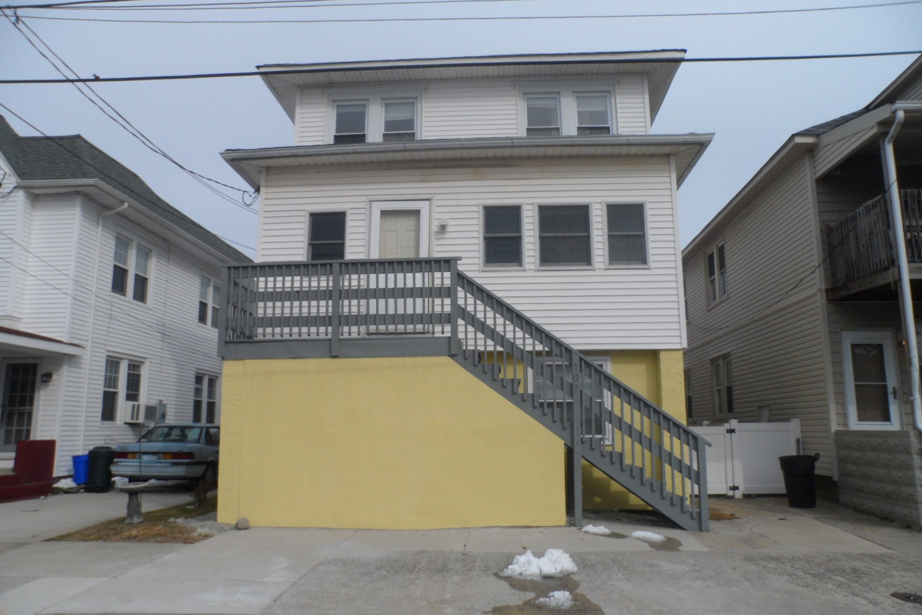 Single Family Home for Sale at 107 N Avolyn Ave Ventnor City, New Jersey 08406 United States