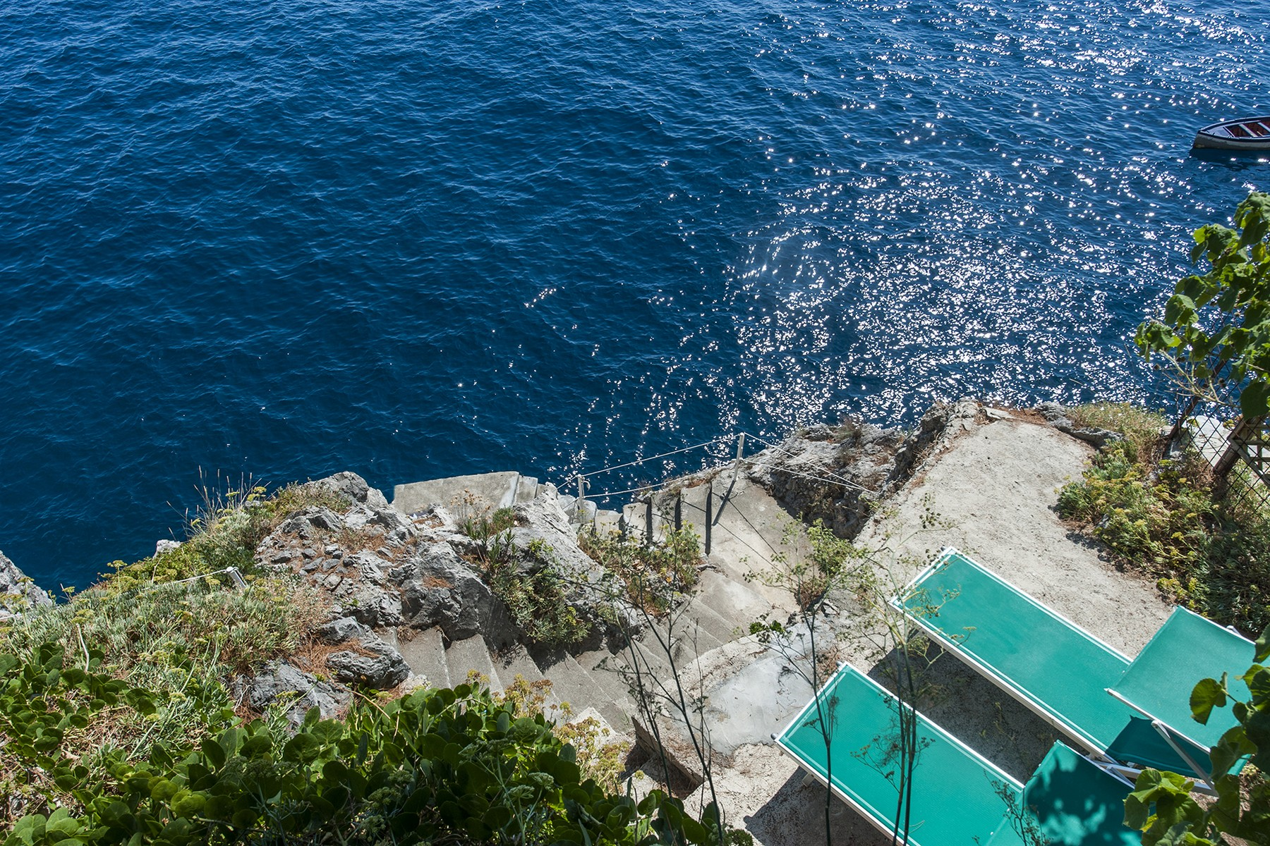 """Additional photo for property listing at Villa """"Pieds dans l-eau"""" on the Amalfi Coast Conca Dei Marini, Salerno Italia"""