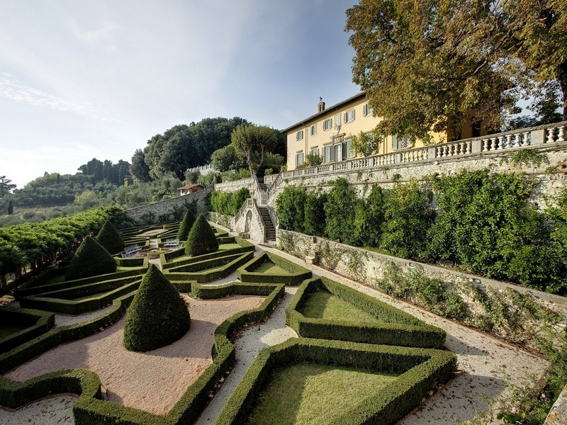 Single Family Home for Sale at Exclusive villa in Lucchesia Lucca, Lucca Italy