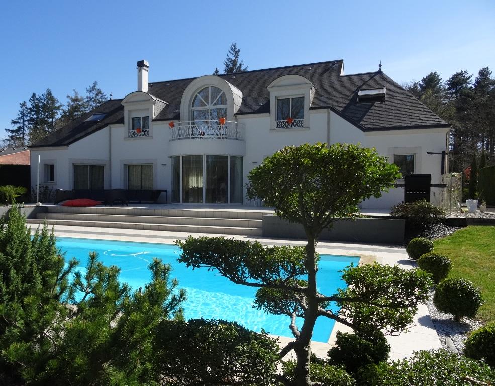 Casa Unifamiliar por un Venta en Maison sur Golf Other Centre, Centro Francia